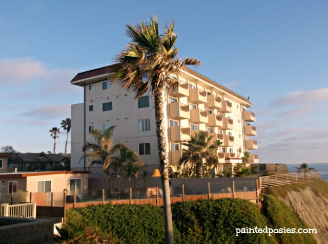 Ocean Beach Cliffside Apartments